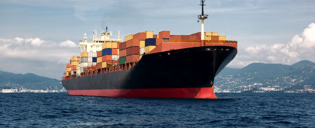 Background image - industry solution logistics & transport - container ship in the ocean