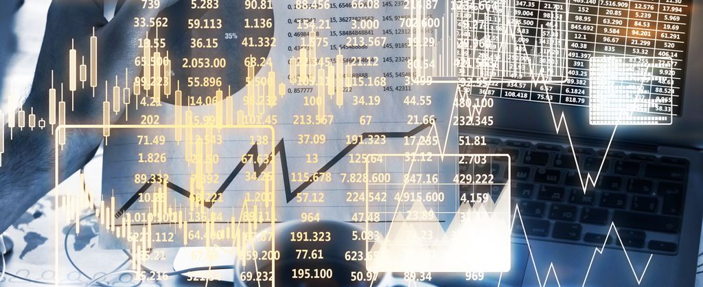 Background image - applications solution data analysis & data visualisation - view wall with stock exchange numbers and figures